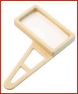 adl-ambulatory-aids-utensils-magnifying-glass-01
